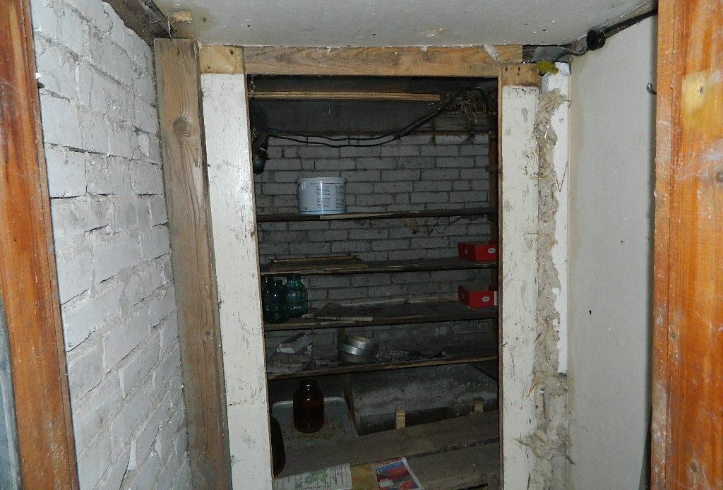 Renoveerimistvajav elumajakompleks Raplamaal